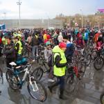 Из-за тысячи велосепедистов в Новосибирске перекрыли левый берег
