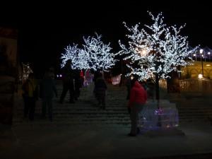 Иллюменированная лестница - ледовый городок Новосибирска 2015